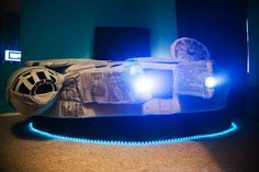A true geek bed has to be the Millennium Falcon Bed.Yes,Kyla Kromer has done it again.She has created a star wars fans dream bed-The Millennium Falcon Bed Top 14, Star Wars Furniture, Creative Beds, Joe Colombo, Star Wars Bedroom, Gadgets, Lit Simple, Dreams Beds, Star Wars Kids