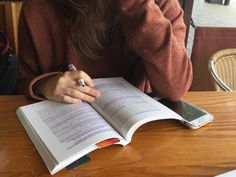 Study time discovered by regina grein on We Heart It Study Board, Book Study, Study Desk, Studyblr Notes, Study Pictures, Work Motivation, Study Space, Study Inspiration, School Organization