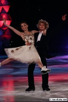 """Meryl & Charlie skating to the """"Waltz of the Flowers"""" (The Nutcracker) in 2009"""