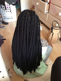 """So the next time I put in braids this is what I'll be doing. """"Yarn twists"""""""
