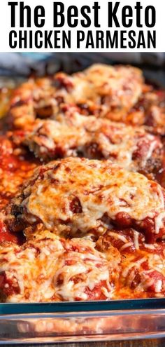 Easy chicken parmesan recipe that can baked in the oven. This is a healthy dinner idea that the entire family will enjoy! Easy chicken parmesan recipe that can baked in the oven. This is a healthy dinner idea that the entire family will enjoy! Cheap Paleo Meals, Cheap Meals To Cook, Healthy Crockpot Recipes, Healthy Salad Recipes, Keto Recipes, Healthy Chicken Parmesan, Easy Baked Chicken, Baked Chicken Recipes, Keto Chicken