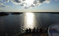Fahrt in den Sonnenuntergang auf der Mein Schiff 4 © Gudrun Krinzinger Gudrun, Hotels, Beach, Water, Outdoor, Last Minute Vacation, Travel, Cruises, Sunset