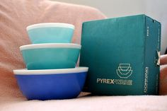 My vintage Pyrex Blue Americana new-in-box, never used! These are very hard to find and especially in this condition.