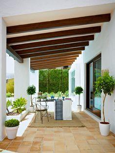 Pergola Attached To House Patio Trellis, Patio Pergola, Patio Roof, Backyard Patio, Pergola Kits, Pergola Ideas, Cheap Pergola, Spanish Style Homes, Spanish House