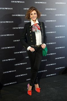 Nati Abascal Photos - Nati Abascal attends the Emporio Armani Boutique opening on April 2013 in Madrid, Spain. - Arrivals at the Emporio Armani Boutique Opening Fashion Over 50, Fashion Looks, Classic Outfits For Women, Cocktail Outfit, Advanced Style, Classy Casual, Classic Looks, Emporio Armani, Stylish Outfits