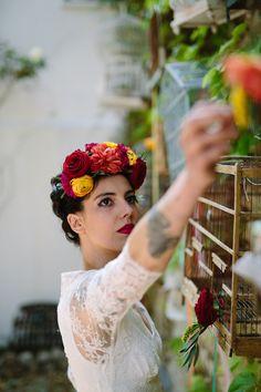 Créatif mariage aux couleurs mexicaines au Mas des Violettes à Valfaunès à côté de Montpellier, Sud de la France.  Photos par Yoann Jacquier