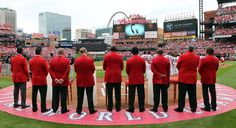 Former Cardinals greats gathered at home plate and watch the video tribute to Oscar Taveras on Opening Day at Busch Stadium. 4-13-15