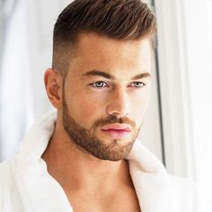 Image may contain: 1 person Military Haircuts Men, Haircuts For Men, Hair And Beard Styles, Short Hair Styles, Hear Style, Gents Hair Style, Beard Look, Cool Hairstyles For Men, Awesome Beards