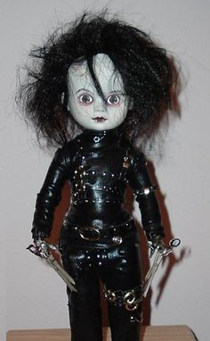 Living dead dolls, Edward Scissorhands