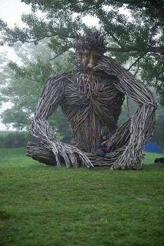 Another amazing driftwood sculpture by Paul Baliker. Driftwood Sculpture, Outdoor Sculpture, Driftwood Art, Outdoor Art, Sculpture Art, Land Art, Art Environnemental, Art Et Nature, Environmental Art