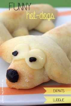 HOT-DOGS EN FORME DE CHIEN Hot Dogs, Snoopy, Kawaii, Funny, Fictional Characters, Shape, Dog, Funny Parenting, Fantasy Characters