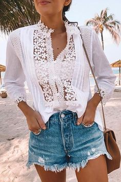 Southern Curls And Pearls, Black One Piece Swimsuit, White Lace Blouse, Ruffle Swimsuit, Mode Style, Crochet, What To Wear, Preppy Fashion, Beach Fashion