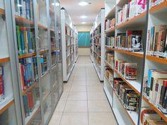ICBEU - MANAUS - BIBLIOTECA ~ Caçadores de Bibliotecas