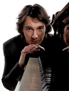 """Paolo Jannacci:  """"Mio padre Enzo, la musica e Milano"""" #Jannacci #teatro #musica #Milano"""