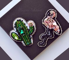 #брошки #брошьизбисера #accessories #МаринаНикитина #details #brooch #fashionjewelry #sweetie #jewelrygram #стиль #мода #красота #дизайнерукрашений #авторскаяработа #вышитаяброшь #everydaystyle #cutestuff #handmade #ручнаяработа #рукоделие