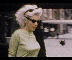 Marilyn Monroe 1962, Real Queens, Norma Jeane, Beautiful Soul, Bombshells, Candid, Winter Hats, Nyc, Hollywood