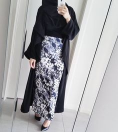 """458 Likes, 1 Comments - @hijabrevivalofficial on Instagram: """"New post up on HR about this look courtesy of @modestyinstyle Go have a geezer to see closeups and…"""""""