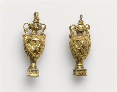 Gold earring elements - 2nd century BC. Hellenistic period (323-31 B.C).
