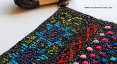 How did it go last week with the first part of Scheepjes Hygge CAL designed by the Kirsten from Haak Maar Raak? I hope everything went well with you bobbles and color changes. This week is week 2 o…