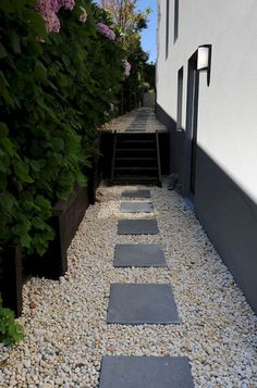Stunning inspiration modern walkways pavers for front yard ideas (52) #WalkwayLandscape