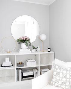 Grey wall decor ideas living room with grey walls grey wall living Decor, Grey Walls Living Room, Light Gray Bedroom, House Interior, Living Room Colors, Interior, Grey Wall Decor, Grey Bedroom Paint, Paint Colors For Living Room