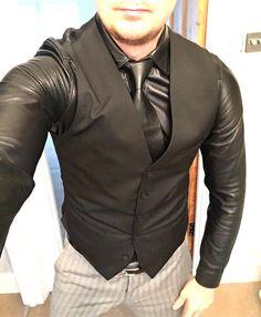 Love my look for tonight...perfect with a leather shirt and tie #gayleatherman #gay #leathermen #leathershirt #leathertie #fetish #handsome #leatherfashion #followme #instaleather #instagay #love #loveleather #feelinggood #enjoyinglife #fun #fashion #followme #gayselfie #selfie #selfiefun #fridaynight #goingout #dinner #lookinggood