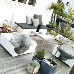 13 Coolest Modern Terrace And Outdoor Space Design Ideas – My Life Spot Outdoor Rooms, Outdoor Gardens, Outdoor Living, Outdoor Decor, Roof Gardens, Outdoor Kitchens, Outdoor Ideas, Garden Furniture, Outdoor Furniture Sets