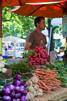 Trinity-Bellwoods farmers' market, Toronto, Canada
