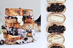 Een luxe sandwich - Gegrilde fontina kaas met bramen en basilicum - ThePerfectYou.nl