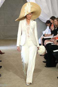 The Pants Suit gets bridal and chic. Have to say, I love this look. Yes or no?
