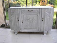 r novation et relooking de vieux meubles pour une d co l gante et contemporaine meubles. Black Bedroom Furniture Sets. Home Design Ideas