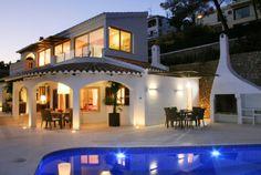 Luxuriöse Villa mit herrlichem Garten, privatem Pool, Whirlpool, klimaanlage und herrlichen Terrassen