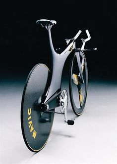 The Mike Burrows designed Lotus 108 time trial bike made famous by Chris Boardman. Lotus 108