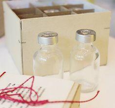 A nossa 'Caixinha Saudade', da #LinhaHome, é perfeita para os nostálgicos! Guarde suas lembranças em vidrinhos.  #poire #decor #cute