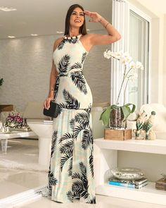 Best Style of Clothes For Body Type - Fashion Trends Plus Dresses, Cute Dresses, Casual Dresses, Fashion Dresses, Cocktail Dresses Evening Wear, Evening Dresses, Summer Dresses, Floral Frocks, Floral Maxi Dress