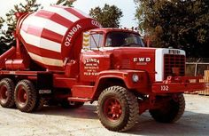 american FWD cement mixer (USA) Dump Trucks, Cool Trucks, Big Trucks, Lifted Trucks, Heavy Duty Trucks, Heavy Truck, Cement Mixer Truck, Old Lorries, Large Truck
