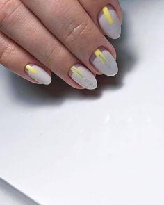 Yellow and ivory nails Dope Nails, Fun Nails, Pretty Nails, Ivory Nails, Art Deco Nails, Manicure Y Pedicure, Nail Games, Crystal Nails, Nail Art Designs