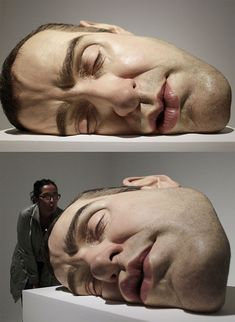 "A sculpture entitled ""Mask II"" by Australian sculptor Ron Mueck is seen at the San Ildefonso Museum in Mexico City September REUTERS/Henry Romero Human Sculpture, Art Sculpture, Collage Kunst, Fondation Cartier, Instalation Art, Art Moderne, Art Plastique, Land Art, Amazing Art"