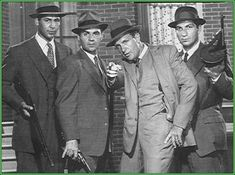 """The Untouchables: Nicholas Georgiade as Agt. Enrico """"Rico"""" Rossi Paul Picerni as Agt. Lee Hobson Robert Stack as Agt. Eliot Ness Abel Fernandez as Agt. Best Tv Shows, Favorite Tv Shows, Movies And Tv Shows, Detective, Robert Stack, Mejores Series Tv, Old Shows, Vintage Tv, Film Serie"""