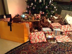 How many present are they???lol hope all of them are for meeee!!!!!!!
