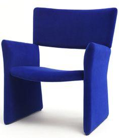 Crown easy chair #modern #blue #balance