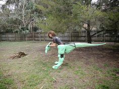 My Velociraptor Costume Tutorials: December 2013