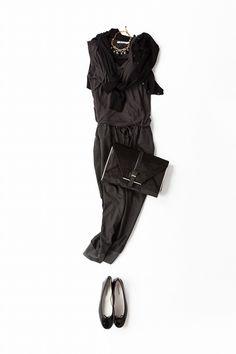 Kyoko Kikuchi's Closet | グレー〜ブラックのワントーンスタイルにモードなパンチを効かせる