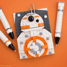 Uniting LEGO Star Wars fans around the world. Lego Disney, Lego Painting, Lego Poster, Lego Portrait, Lego Mosaic, Lego Wall, Lego Gifts, Origami, Amazing Lego Creations