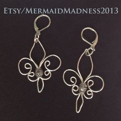 fleur de lis earrings made from sliver plated wire