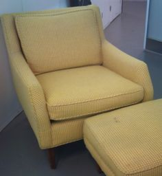 Retro Ladys Chair $160 - Des Plaines http://furnishly.com/catalog/product/view/id/4849/s/retro-lady-s-chair/