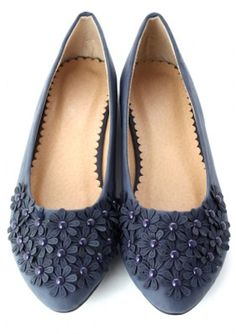 pretty beaded floral flats http://rstyle.me/n/itpyhr9te