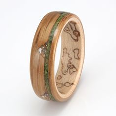 Dark Oak with Maple, Moss & Wildflowers Wedding Advice, Plan Your Wedding, Budget Wedding, Wedding Planning, Wedding Nails, Wedding Rings, Design Your Own Ring, Wedding Etiquette, Handmade Rings