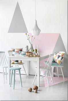 case e interni - tendenza decorazione  triangoli, Triangles - wall decor