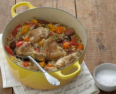 Tuis Hoenderpotjie-resep South African Recipes, Ethnic Recipes, Dinner Recipes, Dessert Recipes, Dinner Ideas, Desserts, Cooking Recipes, Healthy Recipes, Test Kitchen